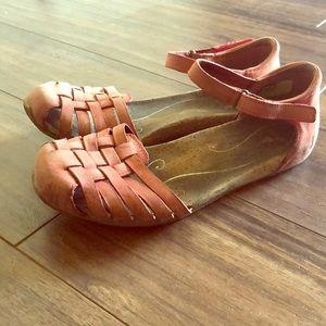 Ahnu Women's Size 7 Leather Sandals Cork Soles